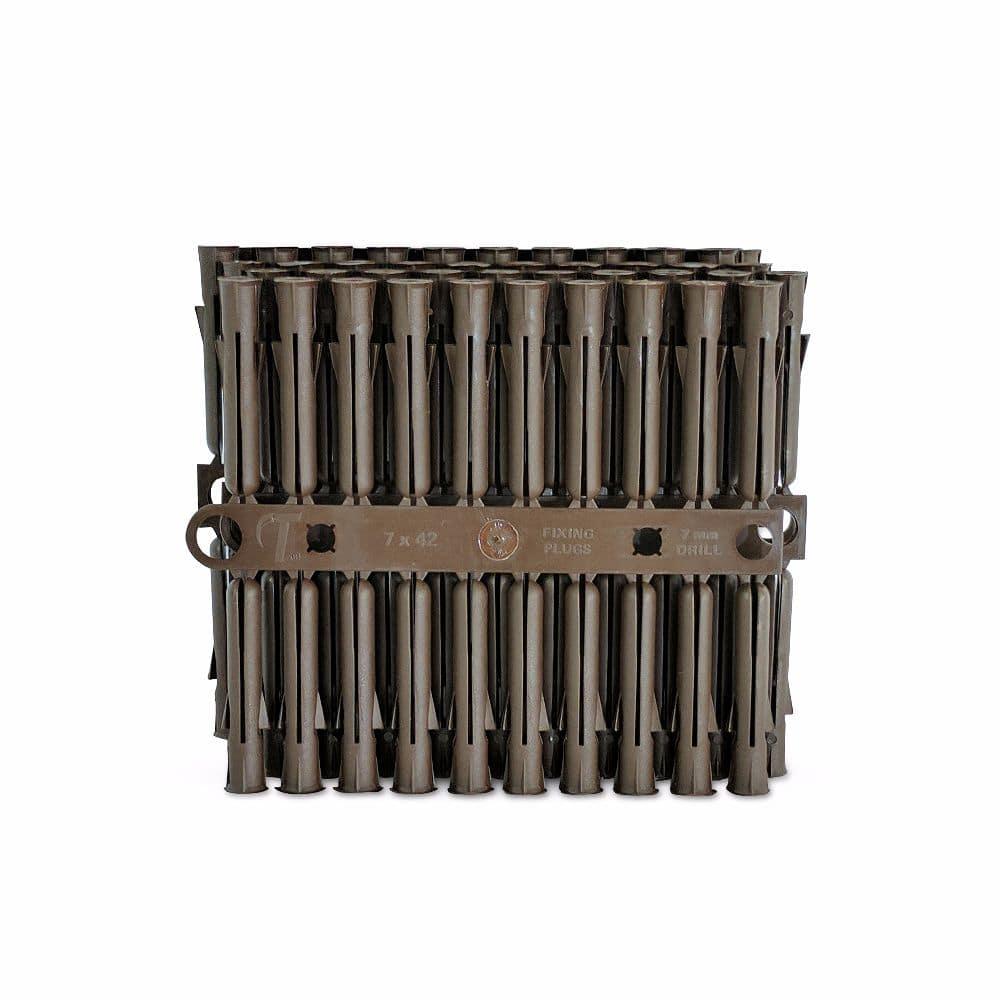 Talon Brown Plastic Plugs Pack of 100