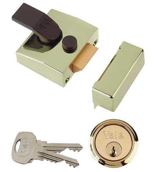 Yale 85 D/Locking Nightlatch Brass 40mm