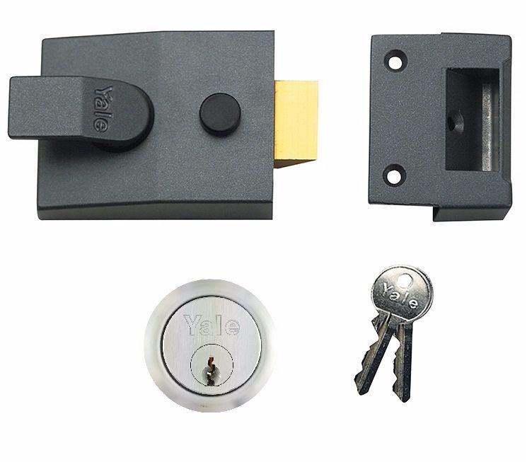 Yale 89 D/Locking Nightlatch DMG SC 60mm